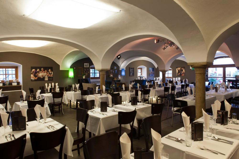 nestroy_Salzburg-Hochzeitsfotograf-Hochzeit-Foto-Spors